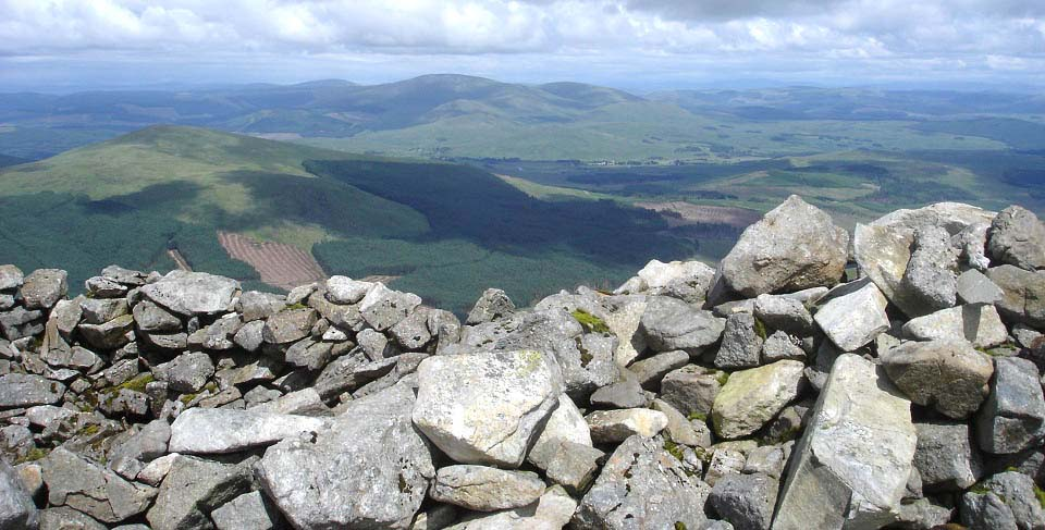 Carlin's Cairn view to Casphairn