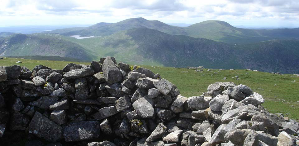 Carlin's Cairn view to The Merrick